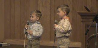 Ova dva mališana će vas podsjetiti na ono najvažnije u životu