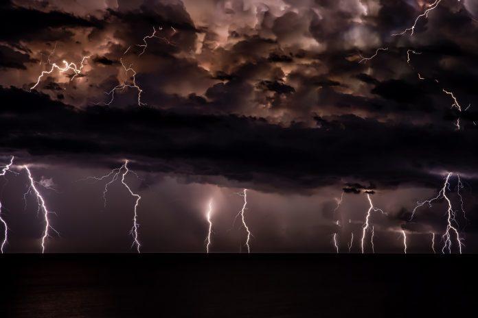 Bog šalje oluje u naš život