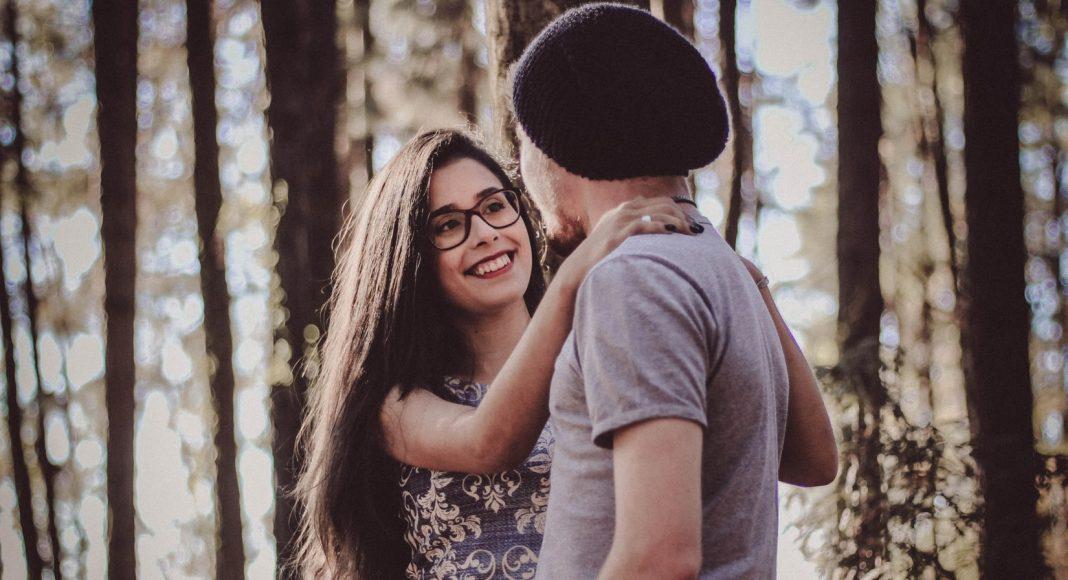 Tinejdžeri koji nisu u romantičnim vezama manje su depresivni od svojih vršnjaka koji jesu