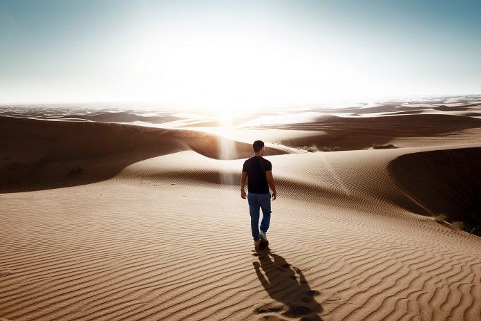 Čovjek koji sam sebe vodi, srlja u nevolje