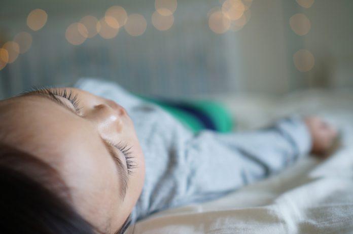Roditelji tuže bolnicu jer je njihova beba preživjela pobačaj