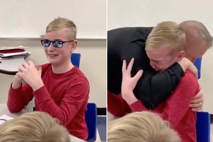 Učenik 7. razreda se rasplakao kada je po prvi put vidio boje