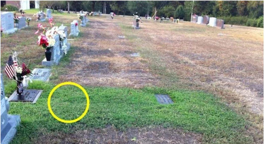 Kada je vidjela grobno mjesto svog sina, odmah je zaplakala