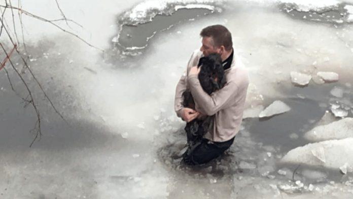 Muškarac je skočio u ledenu vodu kako bi spasio psa jednog stranca