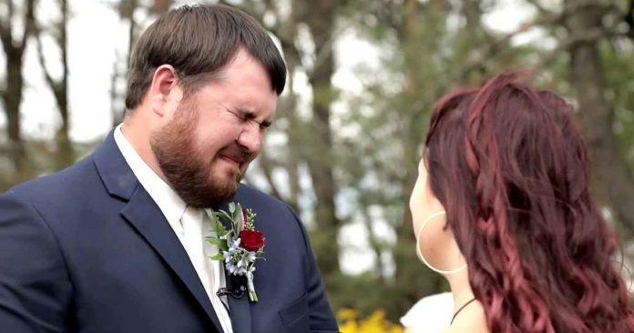 Mladoženja se rasplakao kada mu je na vjenčanje došla jedna posebna gošća