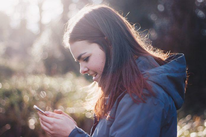 Kako mobiteli utječu na mentalno zdravlje mladih