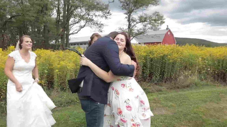 Mladoženja se rasplakao kada mu je na vjenčanje došla jedna posebna gošća 1