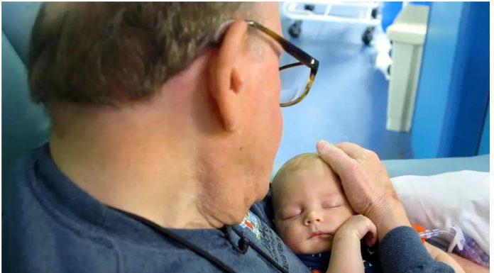 Ovaj umirovljenik ima posebnu sposobnost koju bebe vole