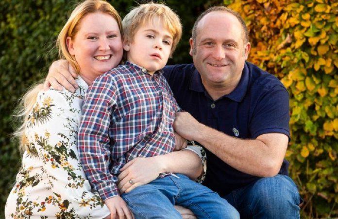 Dječaku ugradili čip u mozak kako bi mogao prepoznati roditelje