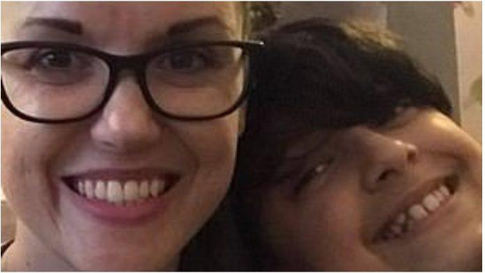 Majka otkrila užasne poruke na Facebooku nakon samoubojstva dječaka