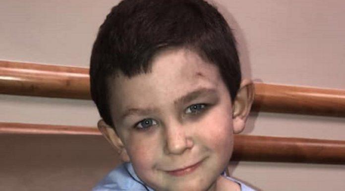 Dječak je prvo spasio sestru iz požara
