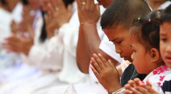 Smiju li kršćani prisustvovati obredima drugih religija?