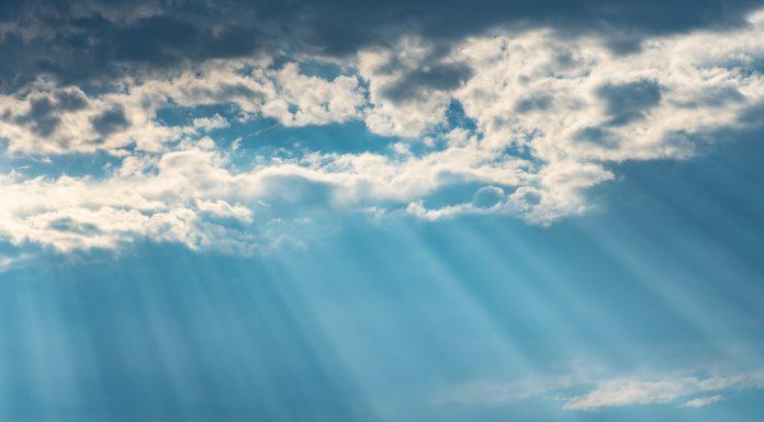 Veliki glas s neba koji govori svakom vjerniku