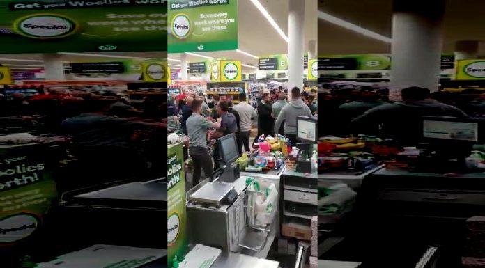 Australci se potukli zbog slanine u trgovini
