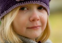 Djeca plaču svako jutro, boje se da im mama ne umre