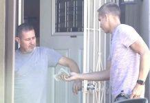 Molitve jednog muškarca su uslišane kada mu je stranac pokucao na vrata
