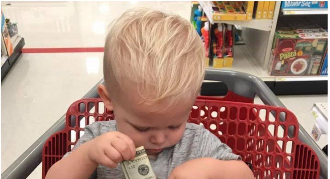 Stranac je prišao dječaku u trgovini