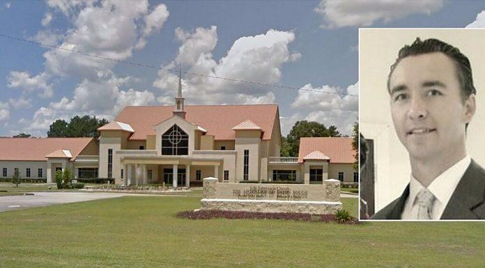Američki pastor dovodi u opasnost vjernike