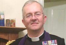 Svećenik zarazio preko 500 vjernika opasnim koronavirusom