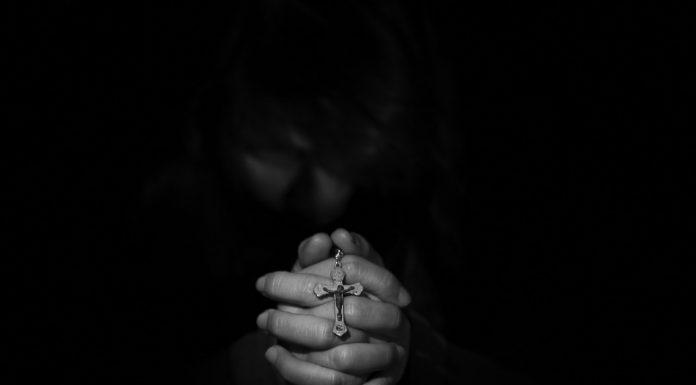 Površna religioznost