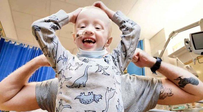 Dječak (4) koji se bori s rakom je pobijedio koronavirus