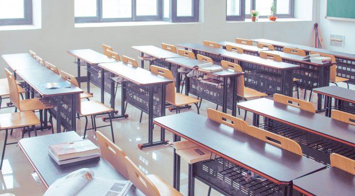 """Jedna učiteljica je svojim učenicima """"zadala"""" zadaću koja je raspakala i njih i roditelje"""