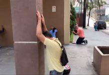 Mnogi su zaplakali kada su vidjeli što ovi vjernici rade ispred crkve