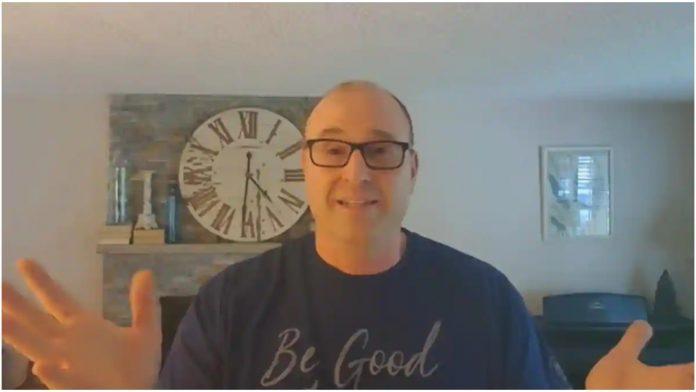 Otac preko YouTubea pomaže djeci koja odrastaju bez roditelja