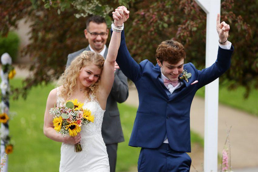 Tinejdžeri su se vjenčali 3