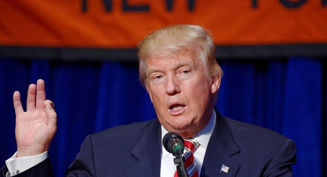 Trump otvara crkve: ''Amerika treba više molitve, a ne manje''