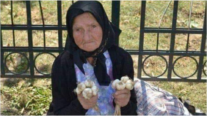 Priča o baki koja prodaje luk