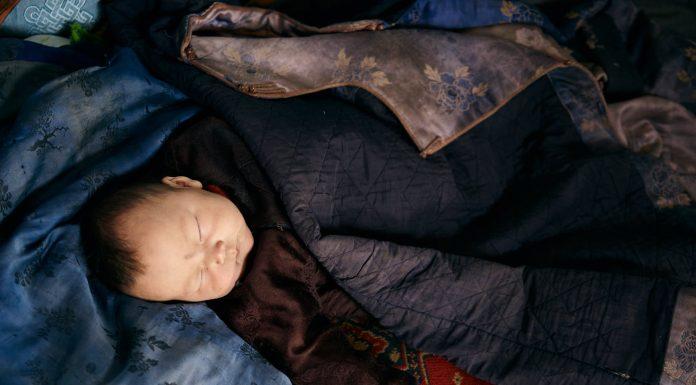 U stanu pronašli pet napuštenih beba, žena je odmah uhićena