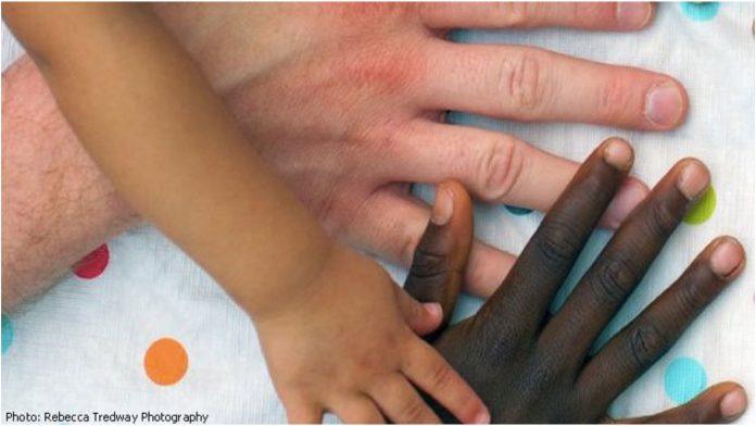 Moj sin je crnac i želim da ovu poruku pročitaju svi bijeli roditelji