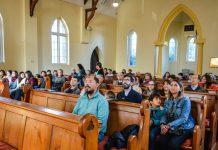 Trebam li pohađati crkvu da bih bio kršćanin?