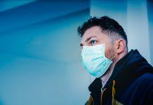 Je li nošenje maske znak nevjere u Boga?