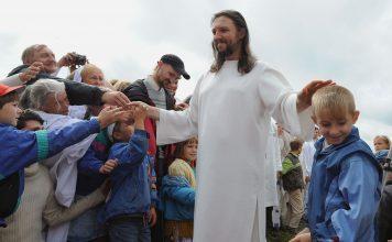 Uhićen vođa poznate sekte koji je glumio Isusa Krista
