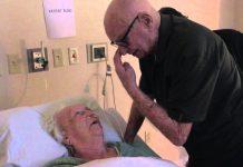 Baka (93) je ležala na samrti, a potez njenog muža je rasplakao svijet