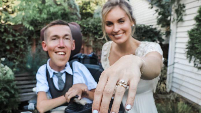Par se vjenčao unatoč ruganjima
