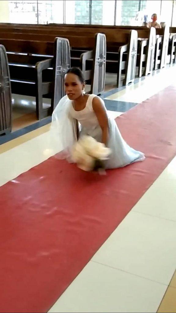 Mladenka bez nogu