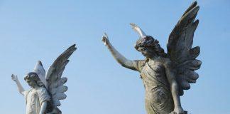 Trebamo li se moliti anđelima?