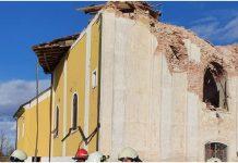 Potres u potpunosti uništio crkvu: Dvoje ljudi je pod ruševinama