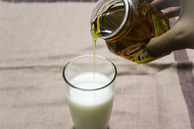 Med i mlijeko protiv nesanice