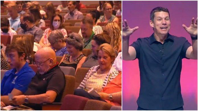 Vjernici ostali iznenađeni kada su vidjeli što im je crkva darovala