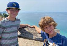 8-godišnjak se bori za život nakon smrti oca i brata